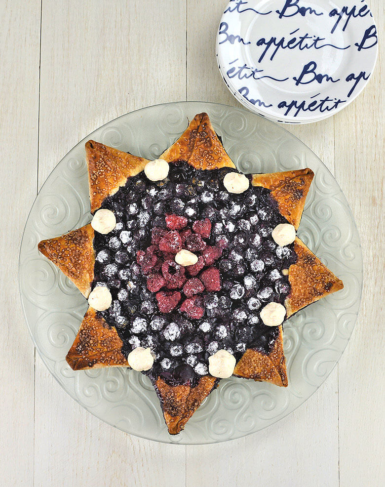 Blueberry Raspberry Star Pie1