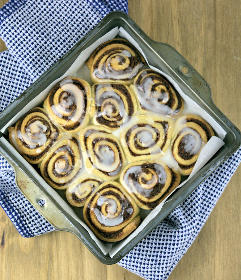 Cinnamon Rolls with Light Glaze2