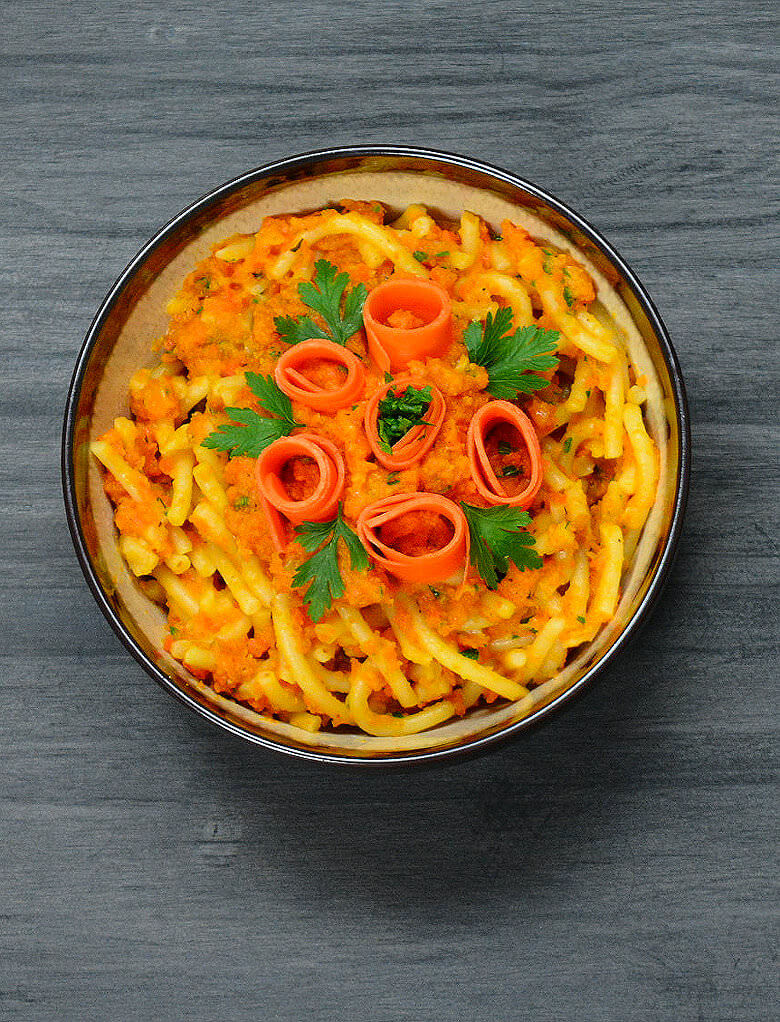 Picture of Pasta with Carrot Wine Sauce in bowl, top down