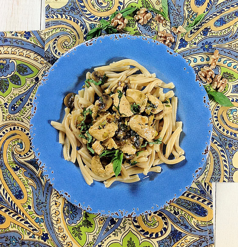 Pasta Chicken Mushrooms Walnuts