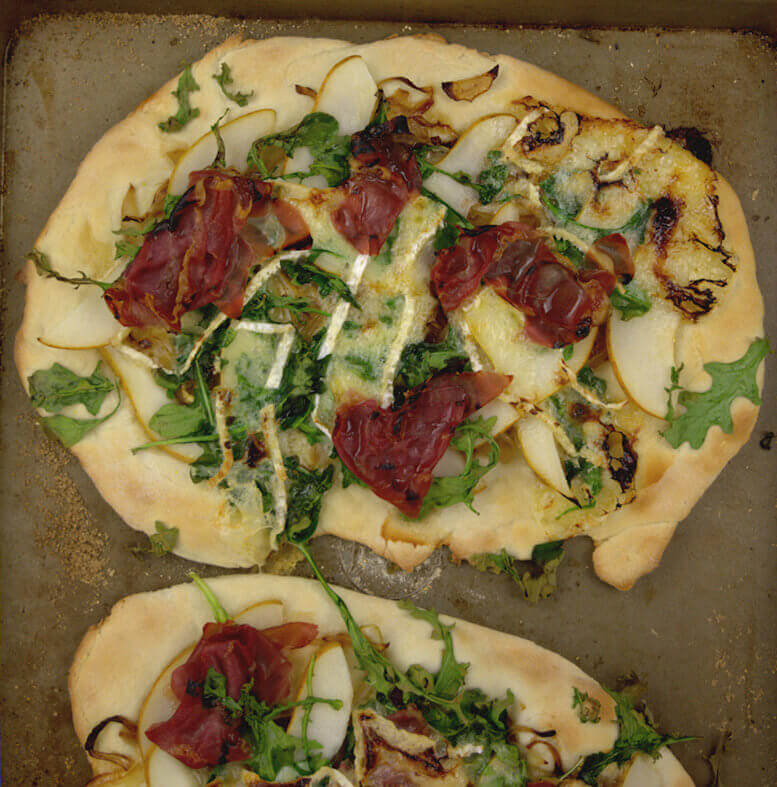 Pear, Brie and Prosciutto Pizza with Honey Drizzle6