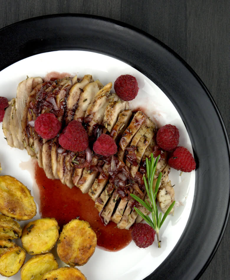 Detailed picture of Rosemary Chicken with Raspberry Glaze