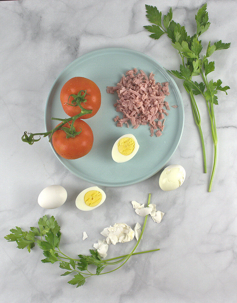 Picture of Ingredients of Tomato Ham Egg Salad
