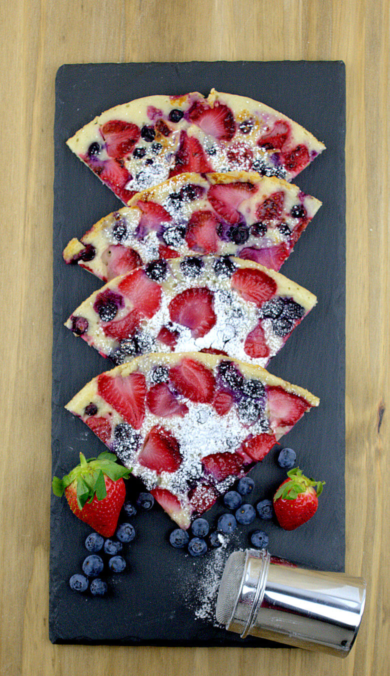 Picture of Yeast Pancake with Fruit cut in wedges