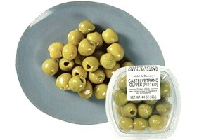 Picture of pitted castelvetrano olives