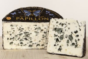 Picture of roquefort papillon black label cheese