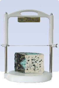 Picture of roquefort and cheese wire slicer